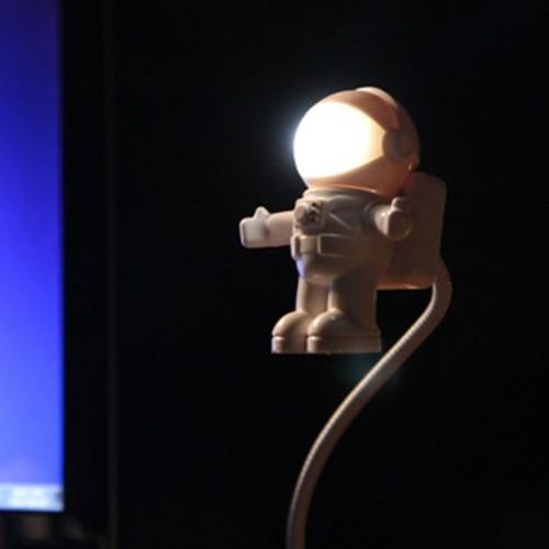 USB 우주인 라이트