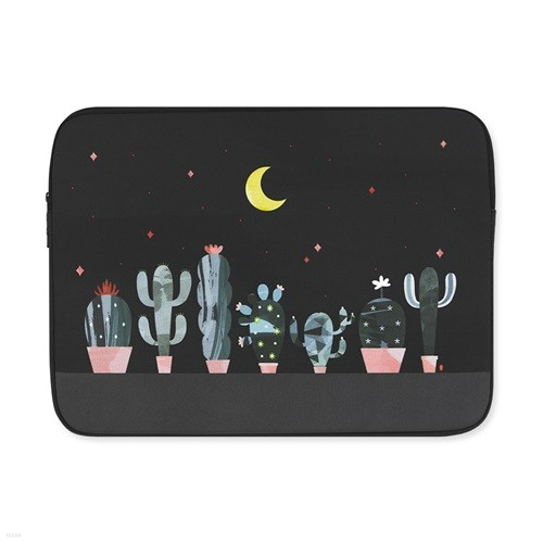 (아이패드/11/13/15인치) Cactus in the night